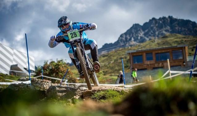 Tristan Botteram in actie tijdens de Wereld Beker wedstrijd in Lenzerheide Zwitserland. Foto: Moritz Zimmermann