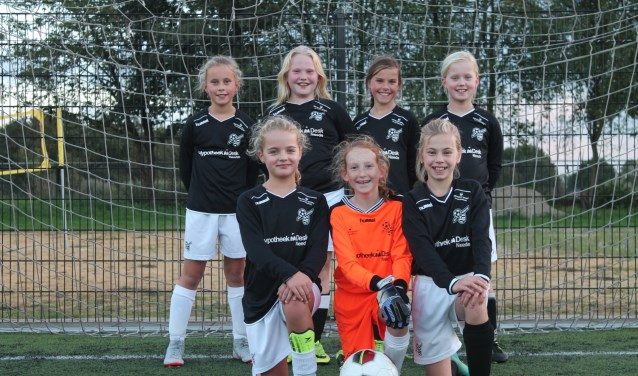 Deze meisjes van Sp. Neede zoeken teamgenootjes. Foto: PR