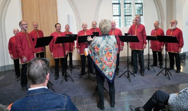 Cantores Versicolores treedt op in 't Brewinc, bij het Seniorenontmoetingspunt. Foto: PR