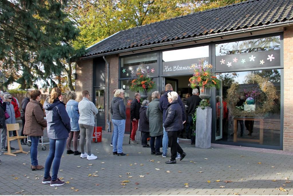 Opening Het Bloemenlokaal in Steenderen. Foto: Liesbeth Spaansen  © Achterhoek Nieuws b.v.