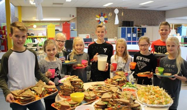 De leerlingen Max, Nora, Sedi, Maud, Vince, Elin, Lina, Stijn en Kiki van OBS 't Montferland. Foto: Marlous Velthausz
