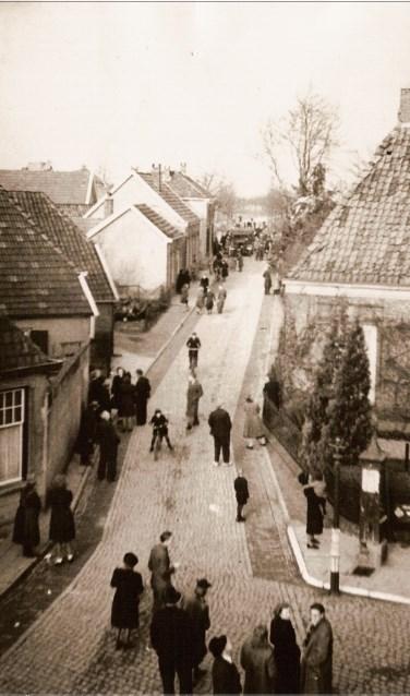 De overval op de Chr. Geref. Kerk in Aalten. Foto: J.H. Bennink