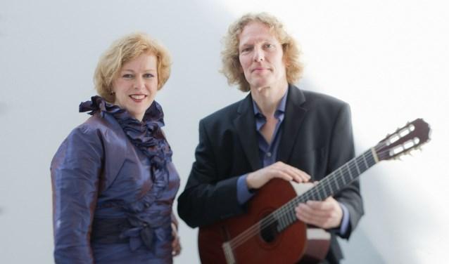 Annette Weterings en Leon Venderbosch spelen voor Amnesty. Foto: Alex Vreeman