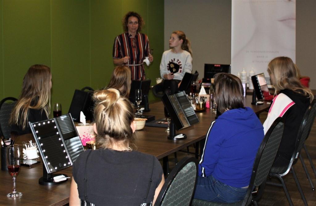 Thirsa van der Kieft tijdens een workshop. Foto: PR