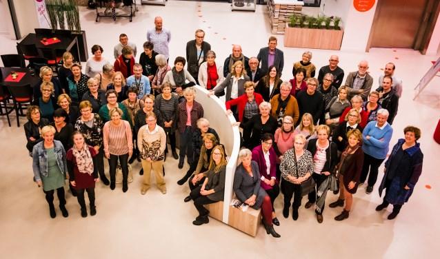 De bibliotheek West Achterhoek zette vrijwilligers in het zonnetje. Foto: Edwin van de Graaf