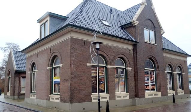 Het oude gemeentehuis aan de Raadhuisstraat. Foto Willy Hermans