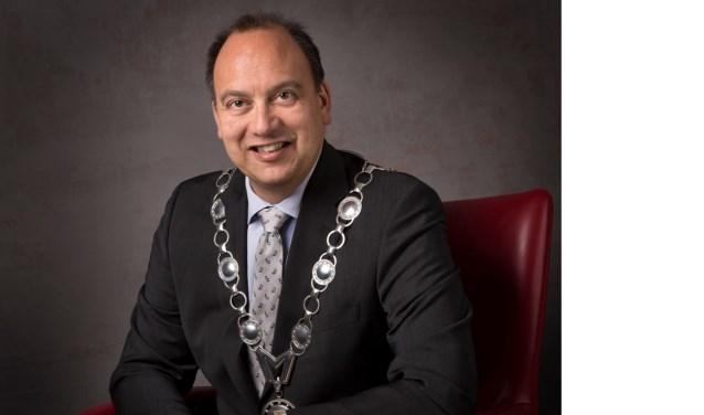 Burgemeester Peter de Baat: 'De gemeentepolitiek is net een olifant.' Foto: PR