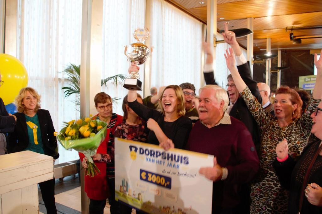 Even juichen voor de fotografen. Foto: Annekée Cuppers  © Achterhoek Nieuws b.v.