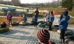 Kinderen uit Noordijk krijgen skiles.Foto: Chantal Scheffer