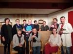 De spelersgroep van Irene onder leiding van regisseuse Ria Straatmans (staand links). Foto: Jan Hendriksen,