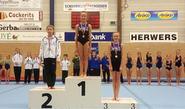 Bente Reindsen behaalde een derde en Suzan Horsting een eerste plek;  Pupil2 D2. Foto: PR