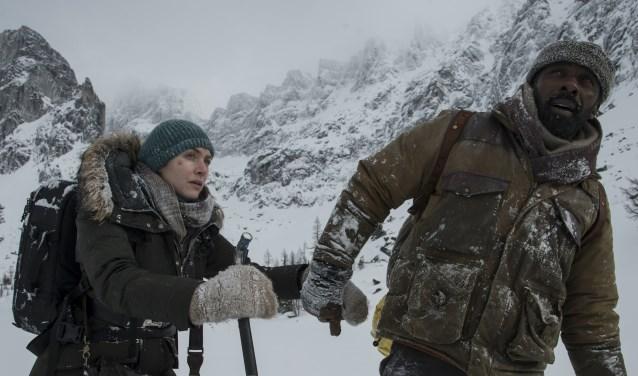 The Mountain Between, overleven na een vliegtuigcrash. Foto: PR