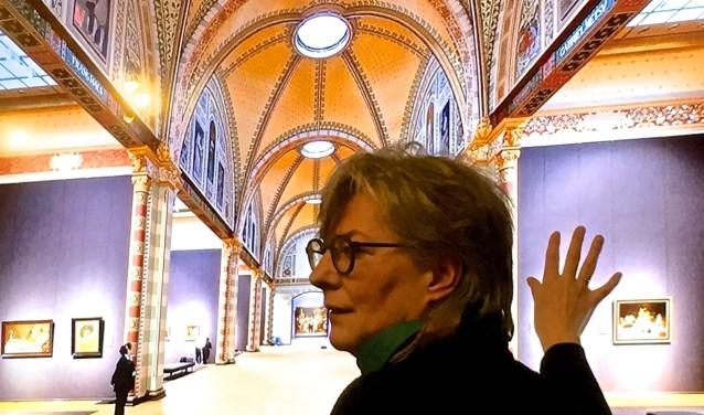 Carien van Hoogevest vertelt over haar onderzoek, de reconstructie en de uitvoering van het werk. Geïllustreerd met beelden van het Rijks. Foto: PR