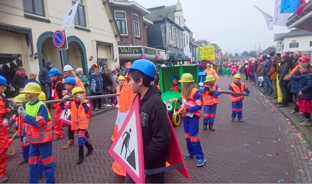 Kinderen van OBS Markvelde laten van zich horen tijdens carnaval. Foto: PR Markvelde