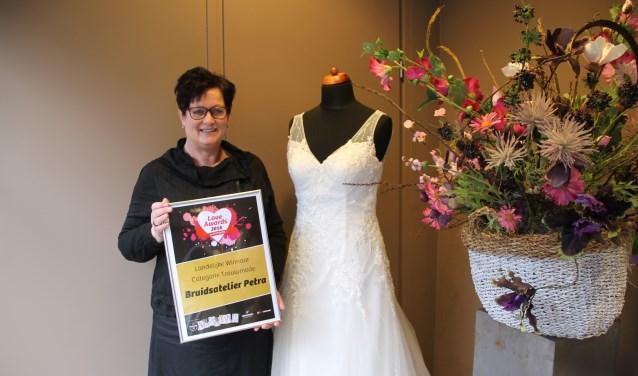 Trotse award-winnares Petra Hoog Antink Foto: Annekée Cuppers
