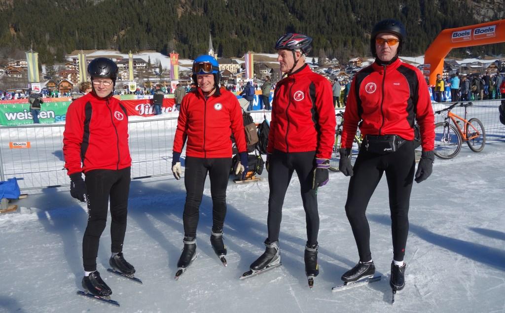De Weissensee schaatsers uit Hengelo (v.l.n.r.) Elbert Kornegoor, Henk Wissink, Jan Rhebergen en Wynand Blom. Foto: PR