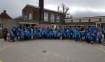 De leerlingen van de Dr. Ariënsschool zijn klaar voor hun tocht 'met bepakking'. Foto: PR