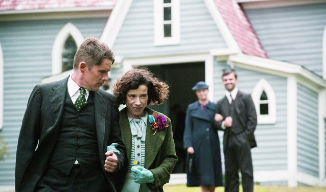 Het indrukwekkende levensverhaal van volksschilder Maud Lewis in het filmdrama Maudi. Foto: PR