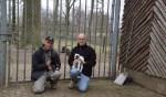 Johnny Sloetjes en Henri Kip met enkele geitjes. Foto: Frank Vinkenvleugel
