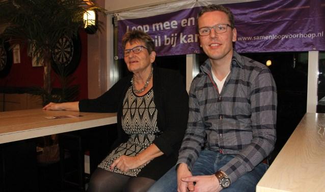 Ambassadeur van de SamenLoop voor Hoop Bronckhorst Wilma Aalderink en onderzoeker Theo Plantinga. Foto: Liesbeth Spaansen