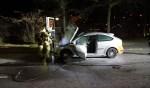 De brandweer kon de schade beperken, bij de autobrand aan de Gaswal. Foto: NewsUnited/112AchterhoekNieuws