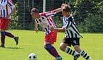 Ulftse Boys middenvelder Rick Bannink aan de bal in de wedstrijd tegen NVC Netterden. Foto: Ulftse Boys PR