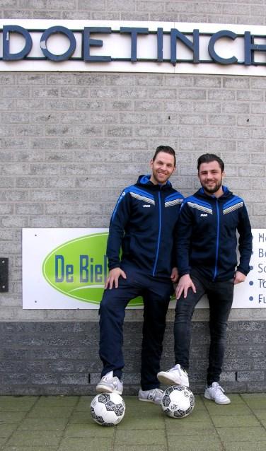 De clubtopscorers van Doetinchem Rico Cancian (l) en Niels Hondelink.  Foto: John van der Kamp