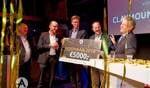 De Innovatieprijs wordt uitgereikt. Foto: Logisz bv