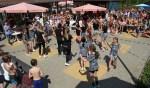 Dansers van Urban Dance Lab zorgden voor vrolijke sferen. Foto: Liesbeth Spaansen