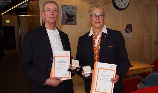 Theo Bussink en Gerrie te Beest. Hans Wossink was niet aanwezig. Foto: Frank Vinkenvleugel
