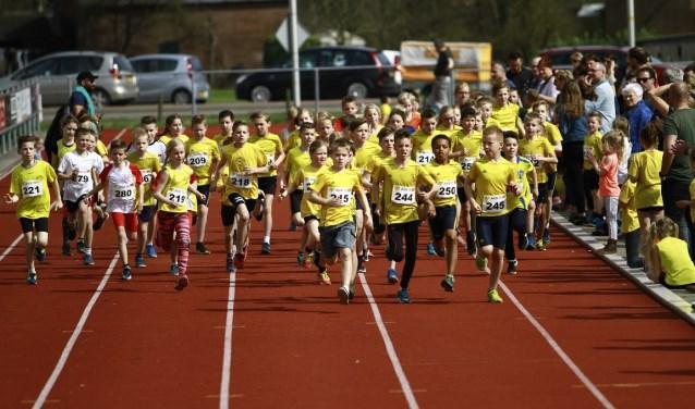 De deelnemers zijn onderweg. Foto: PR