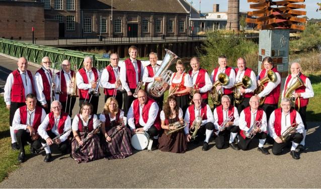 Iesellander Muzikanten treedt op in Silvolde. Foto: PR
