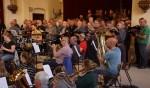 De gezamenlijke repetitie van Con Spirito, Heurns Mannenkoor en Harmonie St. Antonius. Foto: PR