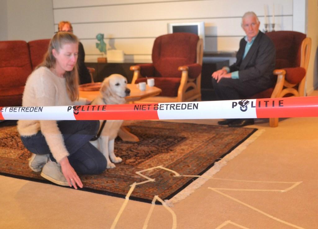 Moord in de meubelzaak, de hond blijkt de dader. Foto: Joke Burink  © Achterhoek Nieuws b.v.