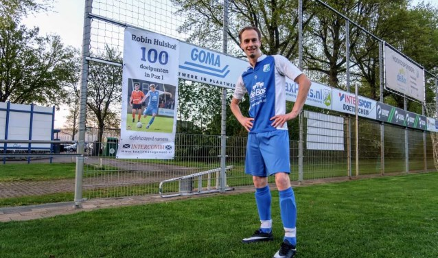 Robin Hulshof maakt zijn 100ste goal voor Pax 1