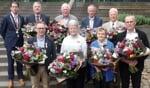 De acht Berkellanders die een Koninklijke Onderscheiding uit handen van burgemeester Joost van Oostrum ontvingen. Foto: Jan Hendriksen,
