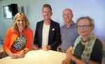 Liza Luesink, Nils Müller, Jasper Bloem en Antje van Dijk zijn blij met het gesloten coalitieakkoord van GroenLinks, SP, PvdA en VVD. Foto: Eric Klop