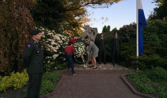 De herdenkingsplechtigheid in Ruurlo. Foto: PRA