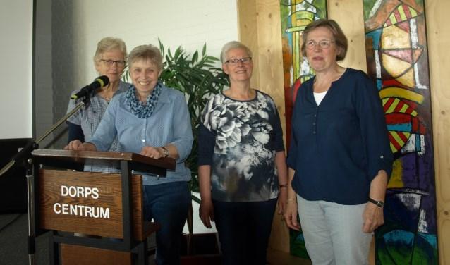 Het bestuur van de Ouderenkring Vorden: Tea Groot Nuelend, Erna Bloemendaal, Willy Derksen en Willy Radstake. Foto: PR