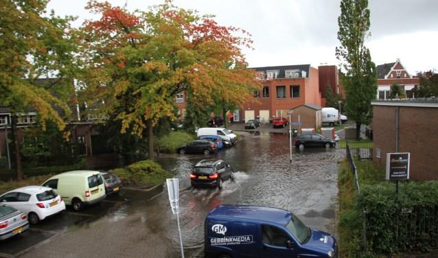 Wateroverlast op de Bleekwal in Lichtenvoorde, vanaf nu verleden tijd. Foto: Liesbeth Spaansen