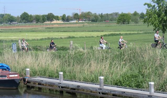 Fietsen langs de Oude IJssel. Foto: PR