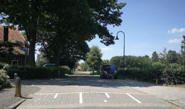 De verkeersdrempel aan de Van Bevervoordestraat in Gelselaar wordt verplaatst. Foto: Rob Weeber