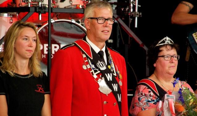 Eindelijk gelukt; Ronald Salemink vormt samen met Marga het koningspaar. Foto: PR