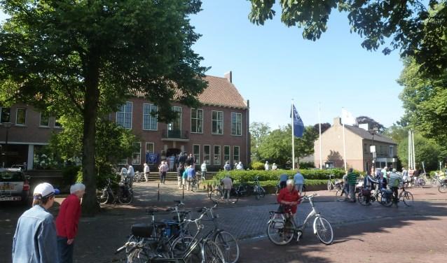 Er is meestal ruime belangstelling voor de VVV-fietstochten. Foto: PR