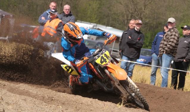 Bjorn Wisman was in zijn nopjes met de tweede plaats. Foto: Henk Teerink