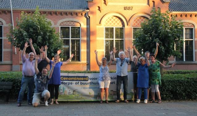 Een aantal vrijwilligers en bestuursleden van Den Diek. Foto: Annekée Cuppers