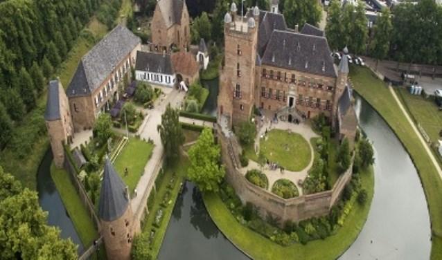Kasteel Huis Bergh vanuit de lucht. Foto: PR