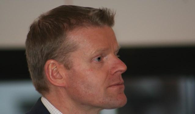 VVD'er Kees Porskamp diende namens alle partijen een motie in. Foto: Kyra Broshuis