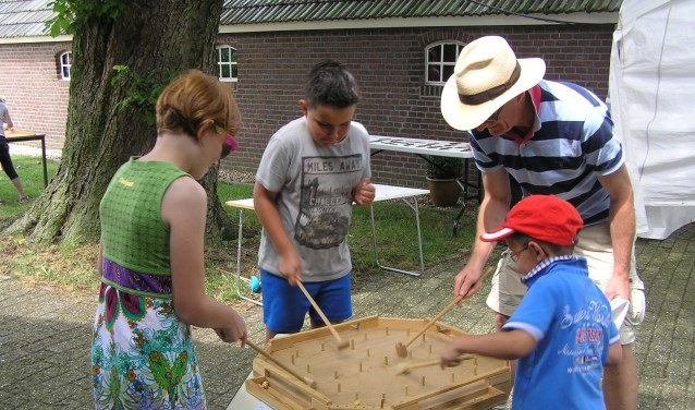 Ook Oud-Hollandse spelen op Spektakeldag Smedekinck. Foto: PR