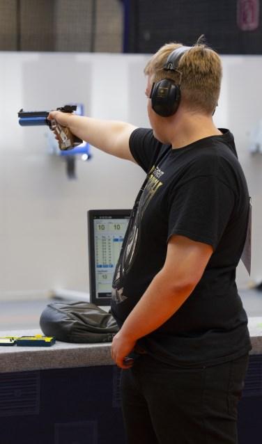 Yannick Siebelink werd tweede op het NK luchtpistool schieten. Foto: PR